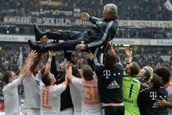 El equipo festejó así a Heynckes.