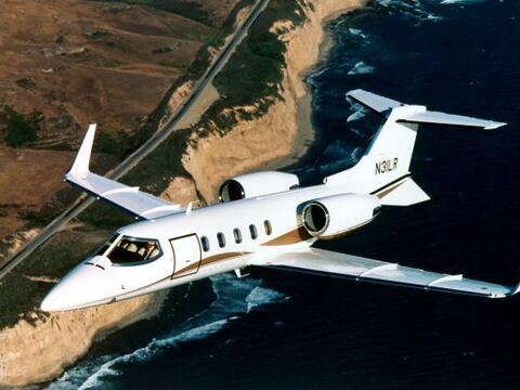 El avión LearJet, en el que murió la cantante Jenni Rivera y seis person...