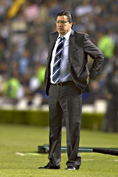 Técnicos diametralmente distintos  Luis Fernando Tena es un hombre muy t...
