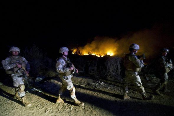 Por la noche se han reportado incidentes entre las fuerzas de seguridad...