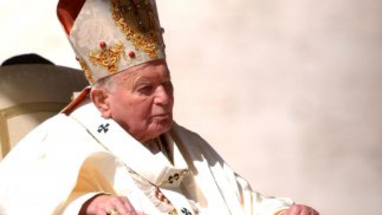 El Vaticano anunció que la canonización de Juan XXIII y Juan Pablo II se...
