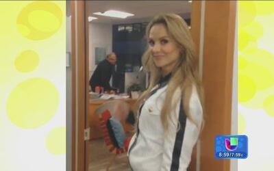 Ximena Córdoba visitó las oficinas de People en Español