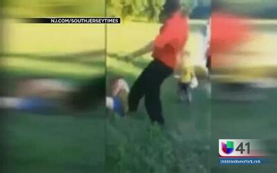 Una madre hispana fue golpeada brutalmente