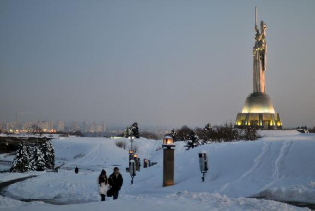 El fin de semana, Kiev, la capital del país, registró una temperatura de...