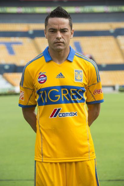 Detrás de ellos viene Juninho, central  de Tigres, con 16, &Eacut...