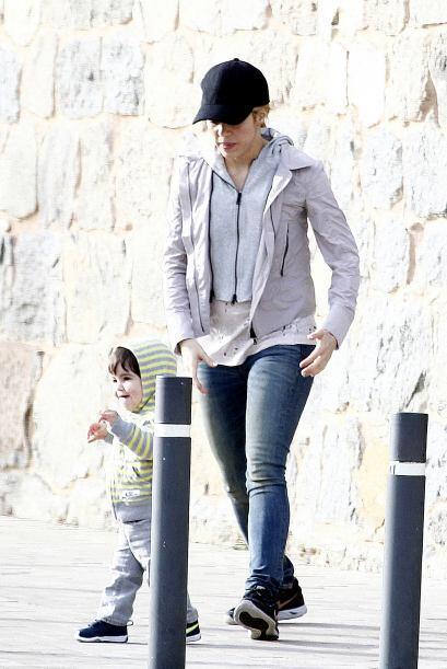 ¡Descubrimos cómo hace Shakira para estar tan delgada! M&aa...