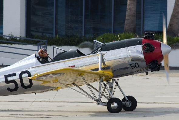 El portal TMZ reportó que Ford había chocado en aviones en...