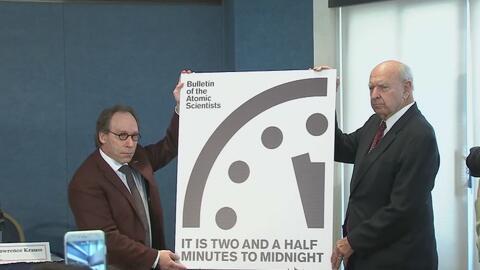 """El reloj del """"día del fin del mundo"""" se adelanta 30 segundos"""