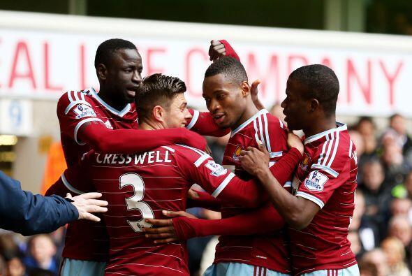 West Ham es otro que le ha puesto el ojo a Javier Hernández, el c...