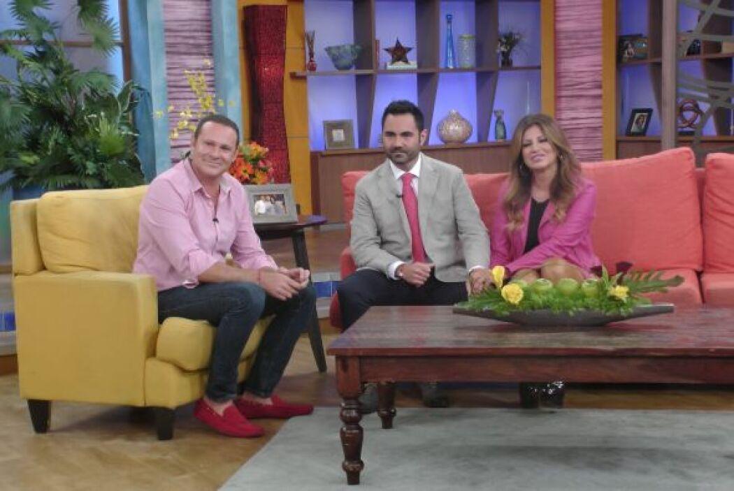 Junto a Alan Tacher y la guapa Paola Gutiérrez habló de su nuevo program...