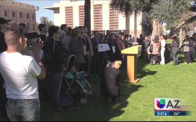 Intentan bloquear identificación para residentes de Phoenix