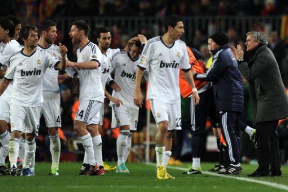 Con la eliminatoria decidida y con media hora por jugar Mourinho pidió c...