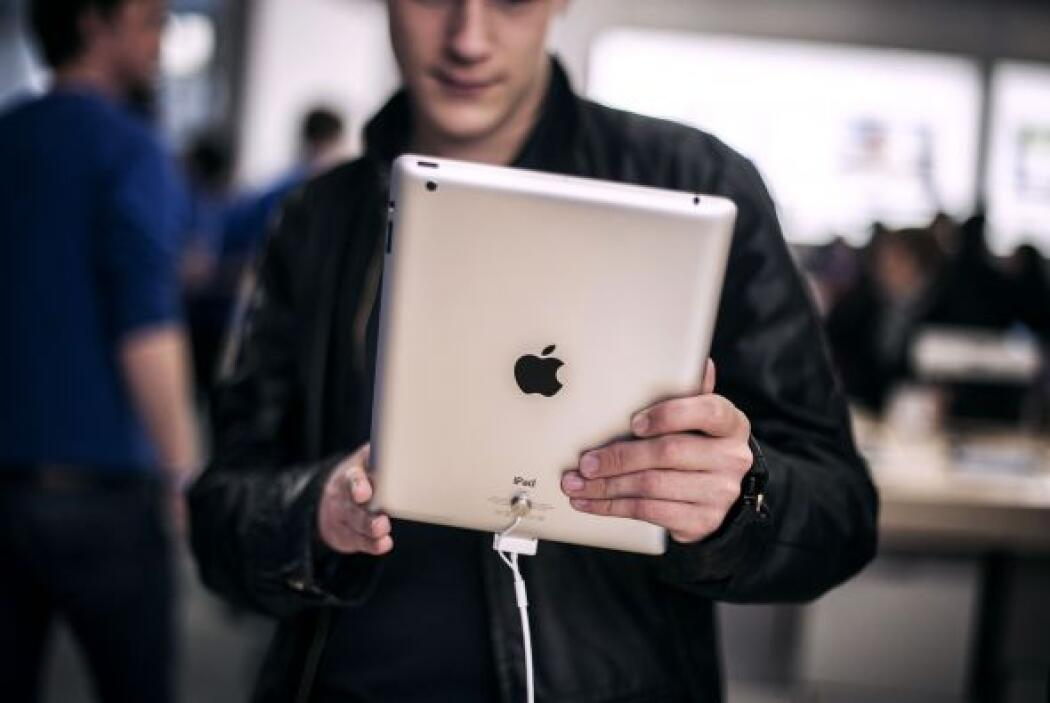 """Un iPad""- Aksenay Mar."
