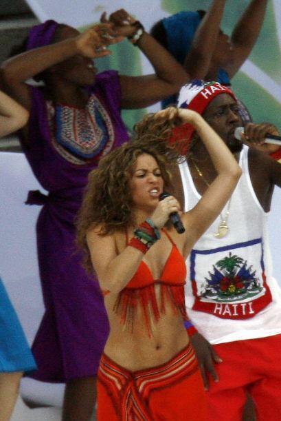 Hizo una gran mancuerna con el rapero rapero Wyclef Jean.Mira aqu&iacute...