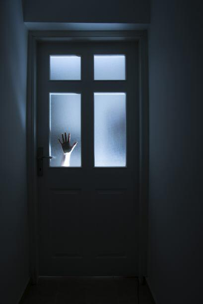 La creencia en fantasmas es terreno fértil para la imaginación, y centen...