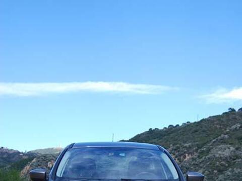 Uno de sus puntos destacado en el nuevo Ford Focus 2012 es su consumo es...