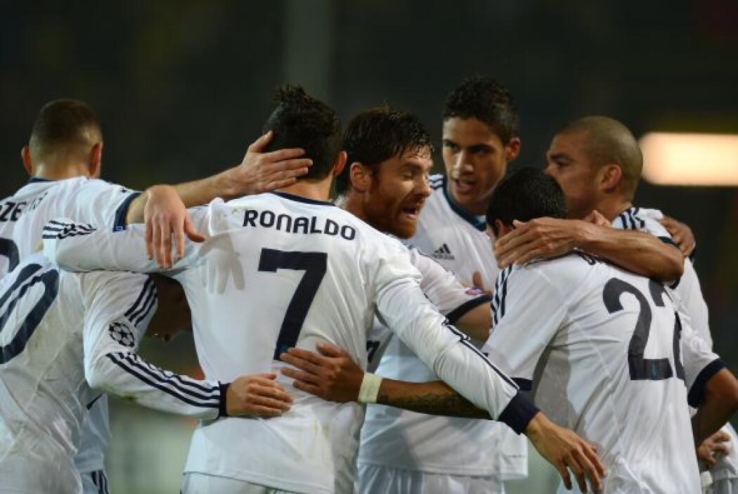 Cristiano Ronaldo definió con gran maestría ante la salida del arquero r...