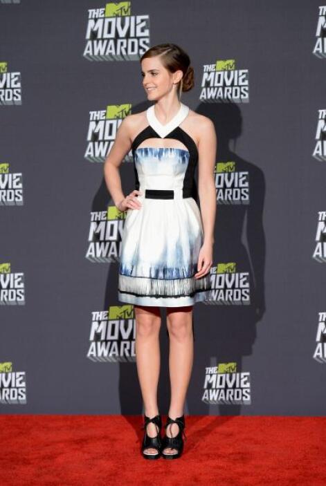 Aquí 'Hermione' optó por llevar unos zapatos más llamativos.