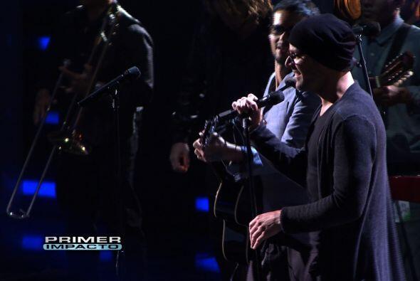 Robi Draco y Ricky Martin en los ensayos de Premio Lo Nuestro