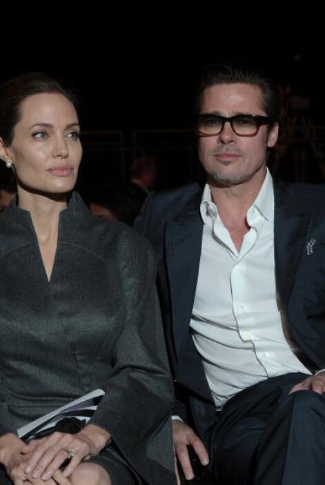 Brad Pitt y Angelina Jolie comenzaron su relación en 2004, cuando filma...