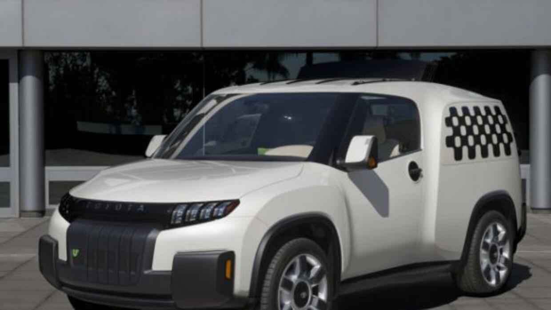 El Urban Utility fue creado en el estudio de diseño quew Toyota tiene en...