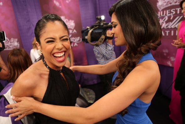Entre broma y broma, las chicas no pararon de reír, al menos Alin...