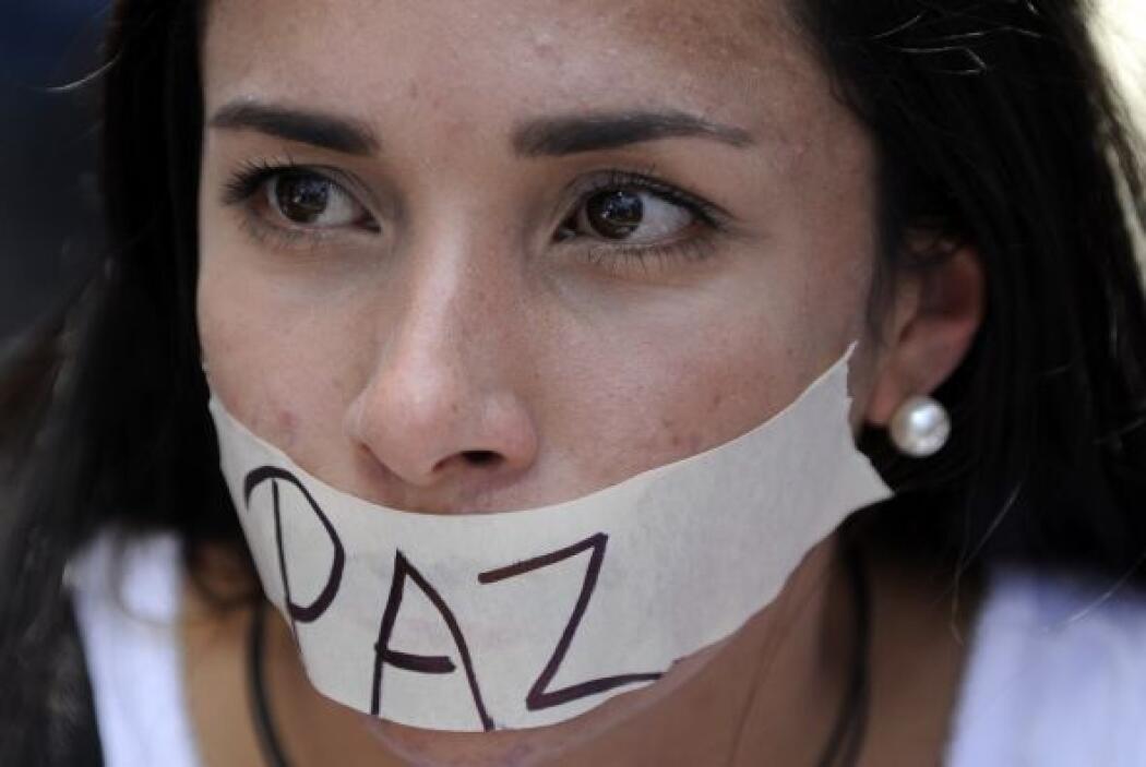 Miles de jóvenes en Venezuela claman por paz en una nación azotada por l...