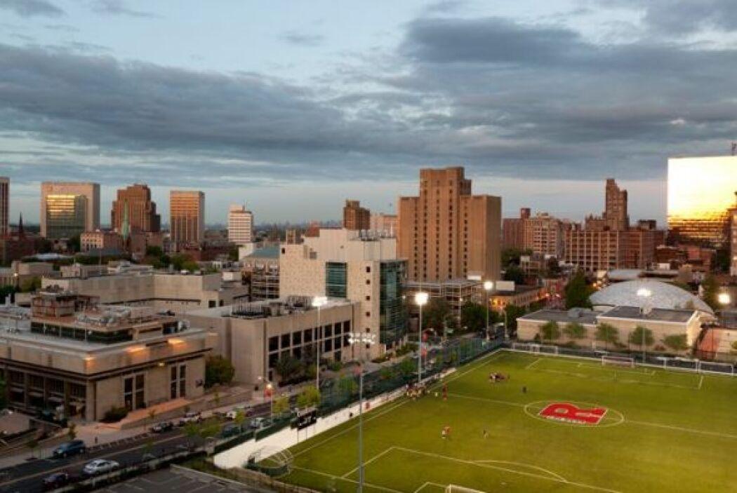 Rutgers University: New Brunswick - Número de Estudiantes: 39,950 - Crím...