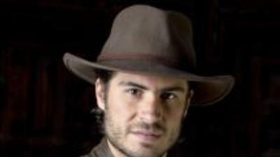 Rafael es escritor, amigo de Daniel.