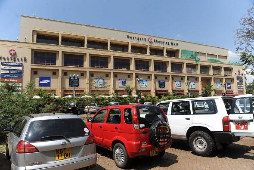 Horas antes, al menos cinco personas resultaron heridas en la capital ke...