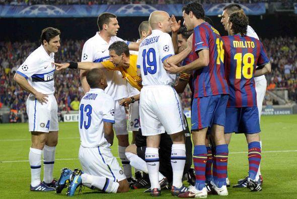 Incluso, los jugadores del Inter buscaron parar el juego de cualquier modo.