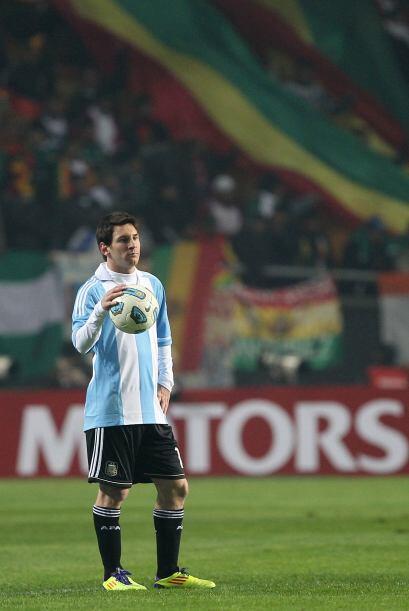 """Una vez más, Lionel Messi dejó dudas con la 'Albiceleste', """"al pasar dea..."""