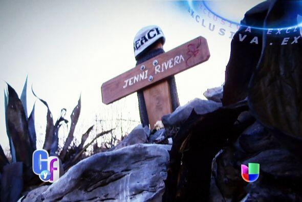 La cantante volaba de Monterrey (México) con destino a Toluca, pe...