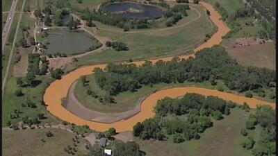 Derrame tóxico contamina el Río Animas en Colorado