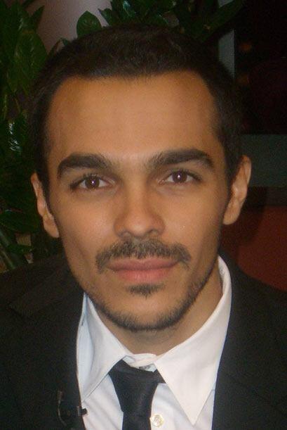 Shalim comparte su tiempo entre su familia y su carrera.