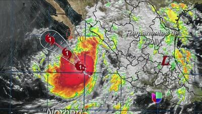El huracán Norbert avanza por el Pacífico mexicano