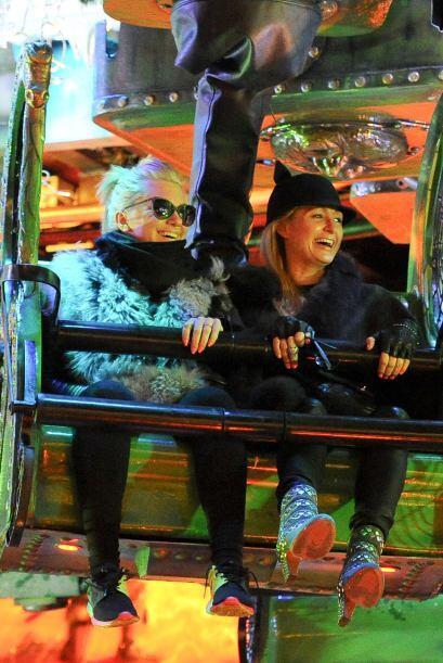 El Winter Wonderland es un tipo de parque de atracciones que sólo se  in...