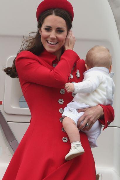 Mira cómo ha crecido el príncipe George. Mira aquí...