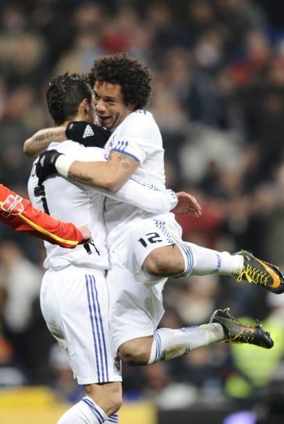 El brasileño Marcelo no quiso quedarse atrás y con una gra...