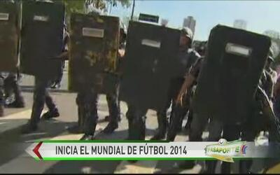 Entre protestas arranca el Mundial 2014
