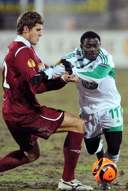 Rubín Kazan de Rusia y Wolfsburgo también empataron 1-1.