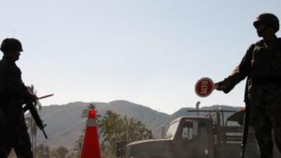 El ejército mexicano desmanteló uno de los sistemas de comunicaciones de...