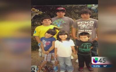Vigilia por niños muertos en Edna, TX