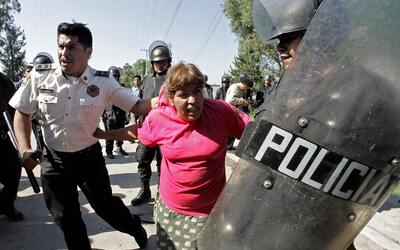 En mayo de 2006, durante un operativo decenas de mujeres fueron agredidas.