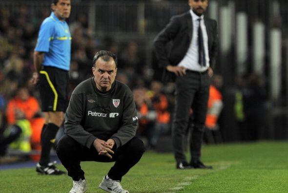 Ambos técnicos, Guardiola y Bielsa, vivieron el partido con mucho...