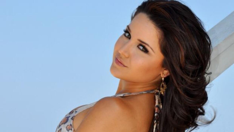 La belleza latina fue llevada a la clínica.