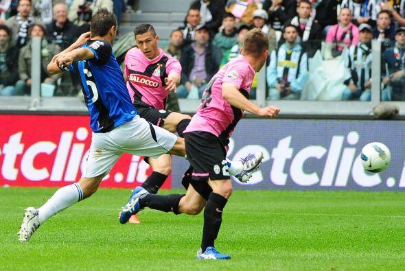 Juventus hizo un autogol, pero finalmente un tanto de Andrea Barzagli se...
