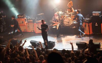 Eagles of Death Metal regresa a escenarios de París luego de los...