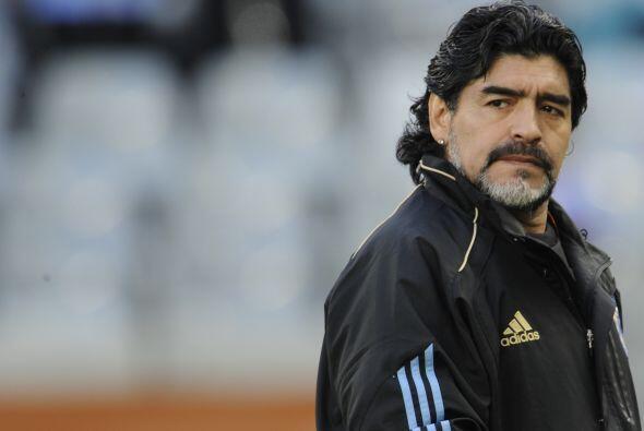 Antes del Mundial de Estados Unidos, Diego Maradona disparó con u...