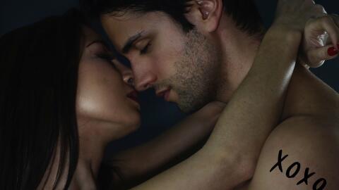 El amor, la lujuria y la infatuación alejan la tristeza moment&aa...